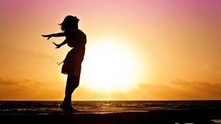 ヘレン・ケラー|「元気と勇気」を与えてくれる8つのすてきコトバ