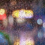 映画「雨上がりの駅で」|老人と少女が織りなす3つのコントラスト